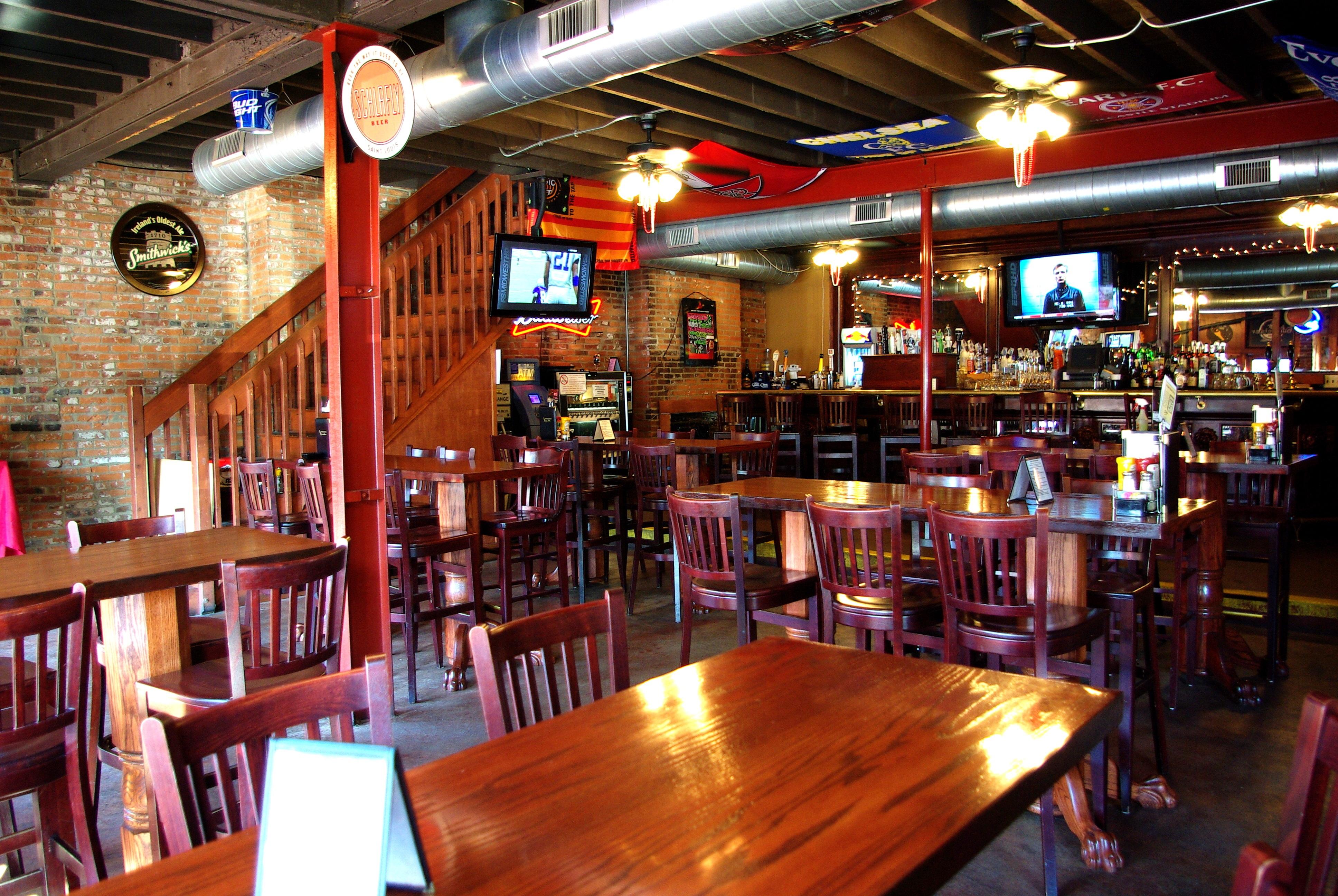 Soulard Llywelyn S Pub